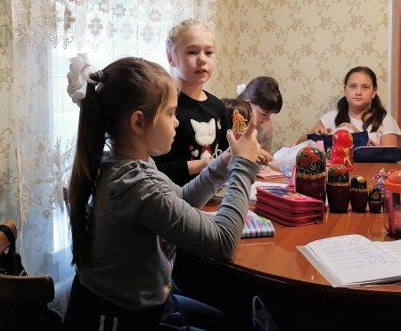 Путешествие в страну русской игрушки.